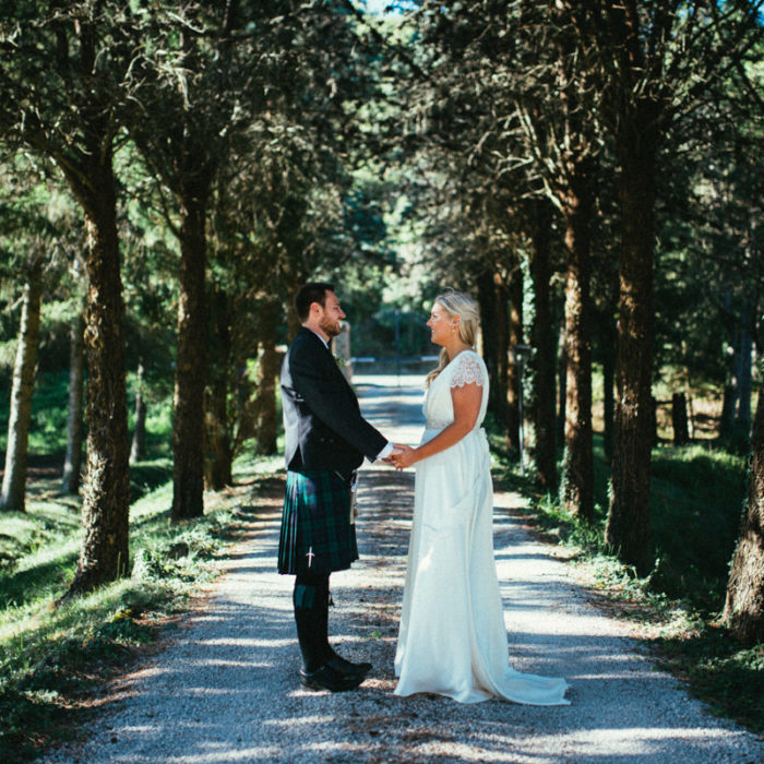 destination wedding umbria countryside bride and groom